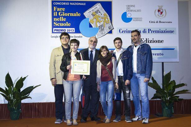 Premiati dal Presidente dell'Ordine Nazionale dei Giornalisti, Enzo Iacopino